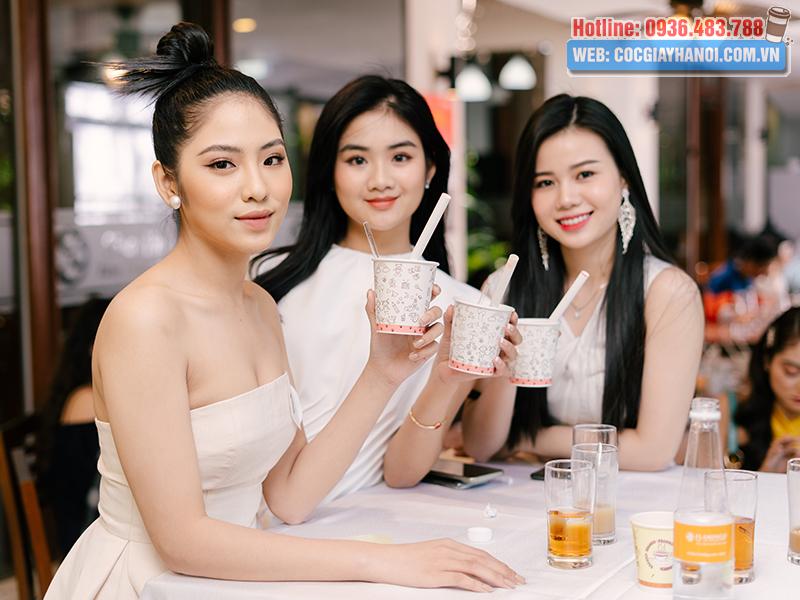 Cốc giấy uống trà sữa